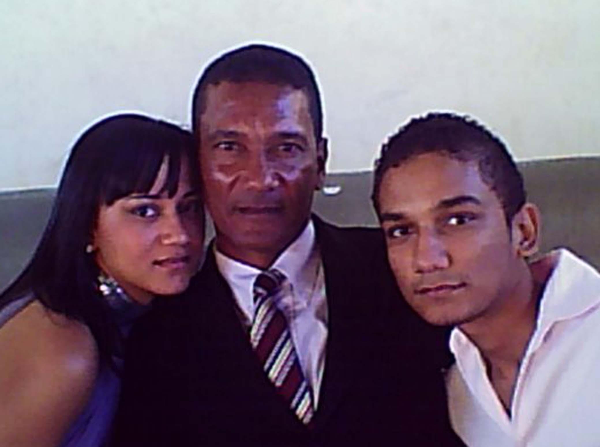 Agada, o pai e o irmão