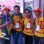 Encontramos pelas ruas de Madri estes jovens vindos de Goiás