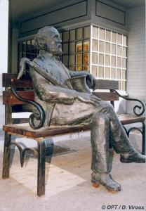 estatua adolphe sax