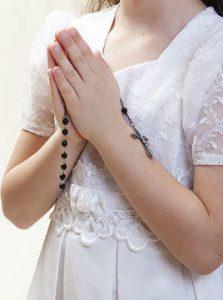 rezandocrianca