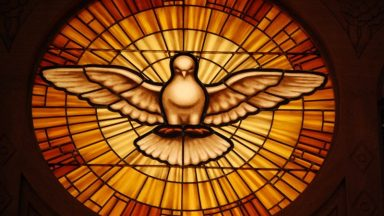 O Espírito Santo é uma Pessoa Viva