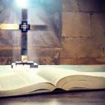Por que precisamos da fé e dos sacramentos para viver bem e autenticamente?