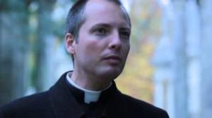 Quem é Padre Duarte Sousa Lara?
