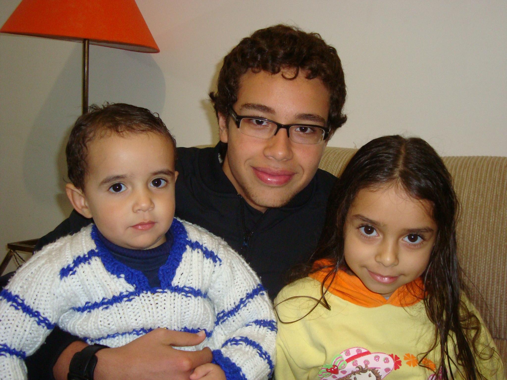 Mikael e Chiara filhos dos responsáveis de missão, Valéria e Welington