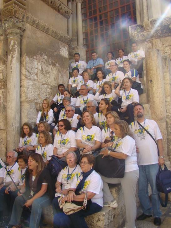 Escada ao lado do Santo Sepúlcro! Ele ressuscitou! Viva a Jesus!