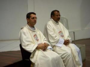 Pe Aerton Sales (Vigário Geral) e Pe Chagas (coordenador do Setor Famìia)
