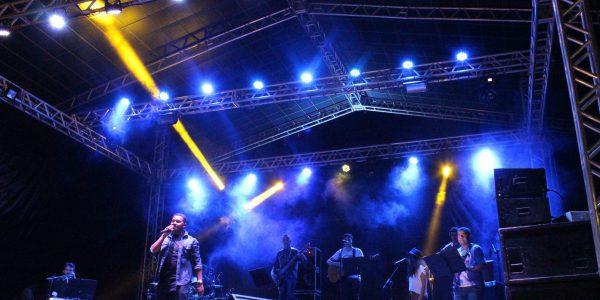 banda link jovem no festival gastronômico de taquaruçu