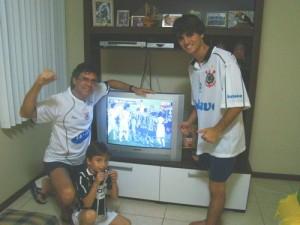 Durante o jogo Corinthians x Internacional - Gerson, abaixo o Helder e Samuel
