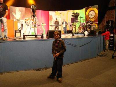 Meu filho Davi, nos bastidores do Revolução Jesus