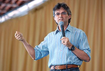Gerson Abarca em recente palestra na TV Canção Nova