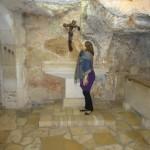 cecília na gruta de São Jeronimo