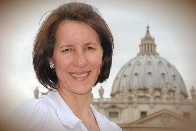 Marelena Cardoso - missionária Canção Nova