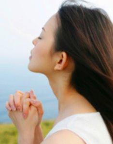 Pessoa-orando-1