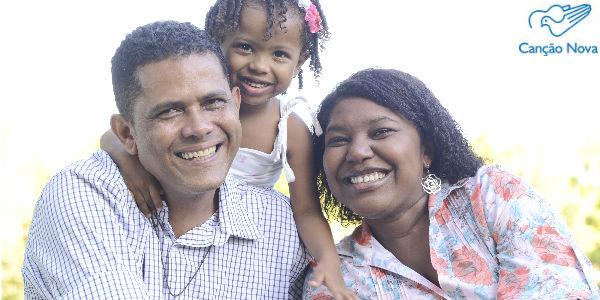 Canal de alertas com formações para Família