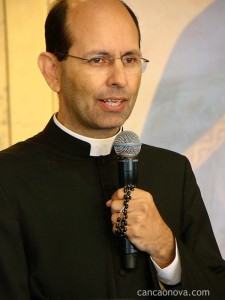 Padre Paulo Ricardo nos fala sobre Maria no projeto de Deus