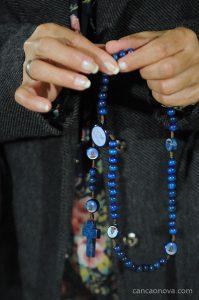 Como viver a consagração total a Virgem Maria?