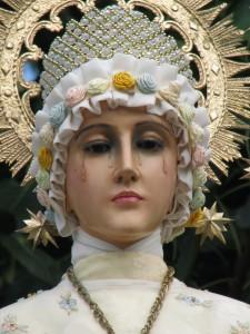 As correntes como sinal da consagração de amor a Jesus Cristo e a Nossa Senhora.