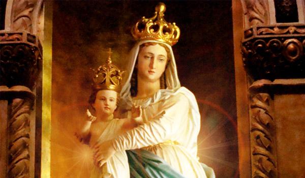 Nossa Senhora exerce três missões essenciais na vida da Igreja e de cada um de nós em particular.