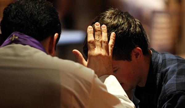 Saiba como fazer uma boa confissão em preparação para a consagração a Jesus Cristo pelas mãos da Virgem Maria.