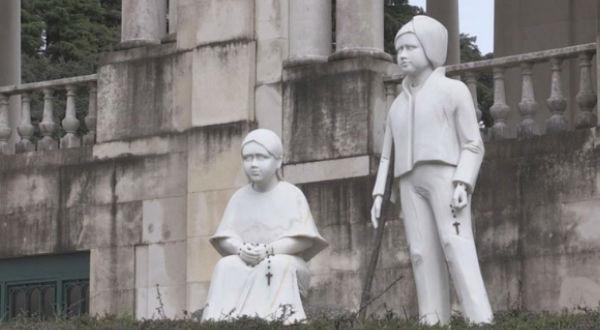 Conheça a extraordinária história do milagre que possibilitou a canonização dos Beatos Francisco e Jacinta Marto.