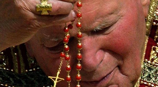 Saiba como se dá a configuração a Jesus Cristo e o anúncio do Evangelho através do Santo Rosário da Virgem Maria.