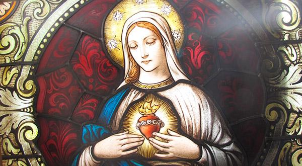 """Conheçamos algumas razões para nos consagrar a Nossa Senhora pelo método do livro: """"Tratado da Verdadeira Devoção a Santíssima Virgem"""", de São Luís Maria."""
