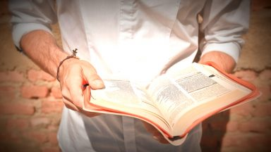 Ler a Bíblia é como visitar um Amigo