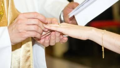 Como esposas de Cristo